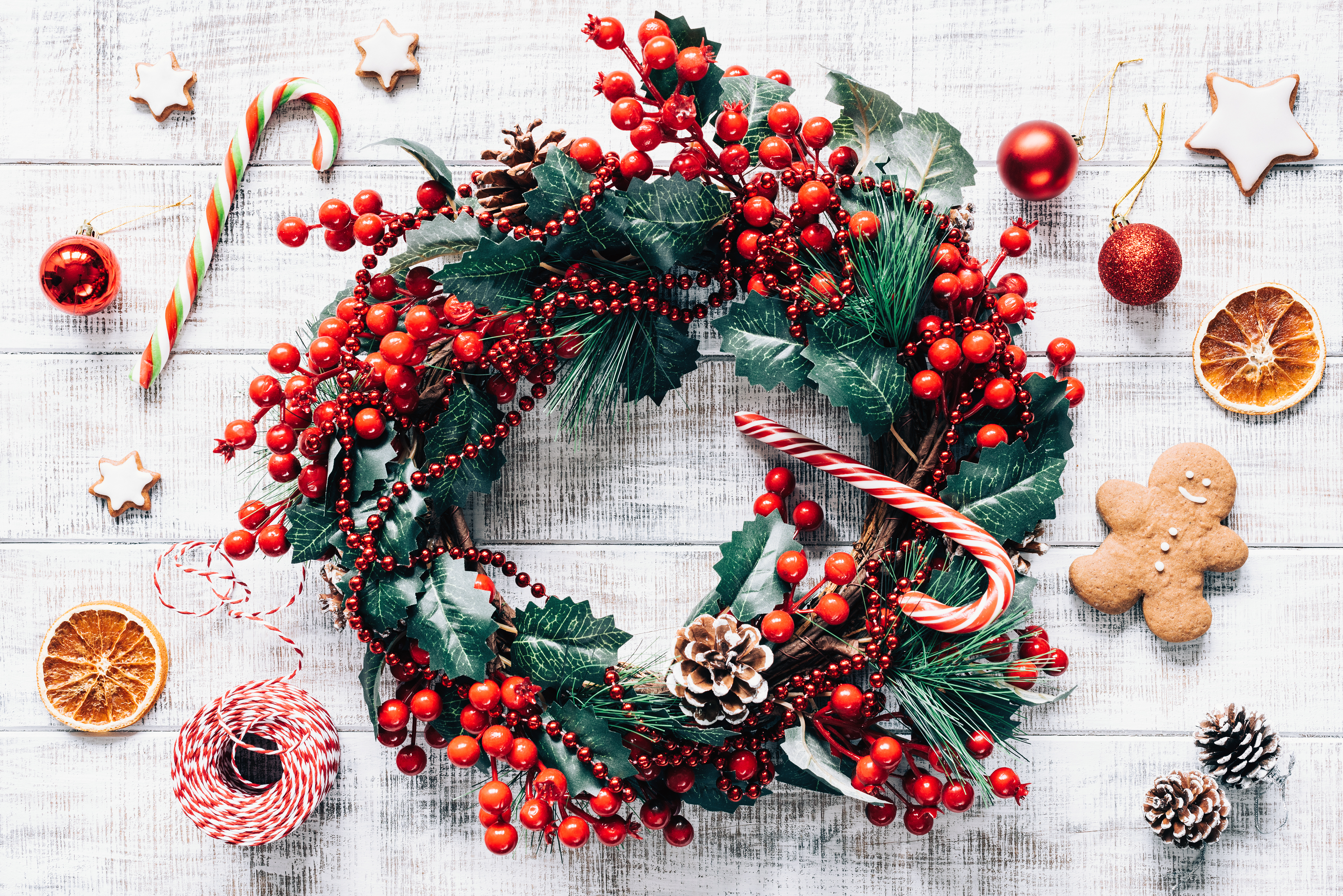 "Christmas Wreaths, or ""Yule Never Believe what Happened Next"" – Christmas HQ"